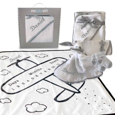 Luxury milestone baby hamper